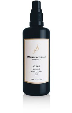 DESCRIPTION Strange Invisible's Ojai Botanical Room and Linen Mist boasts hydro-distilled essences of organic sweet orange, bay leaf, bergamot, and lavender tha Holly Willoughby Bedding, Deodorant For Women, Linen Spray, Spray Bottle, Mists, Fragrance, Perfume, Bed Linens, Ojai California