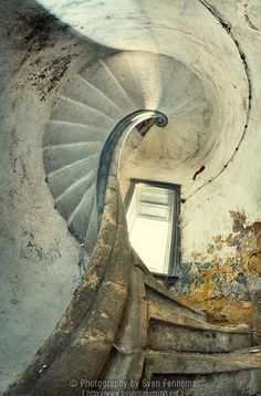 Photographer Finds Beauty in Lost Places