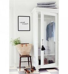 Inspiration ◇ White-painted wardrobe remade from a gun cabinet ★