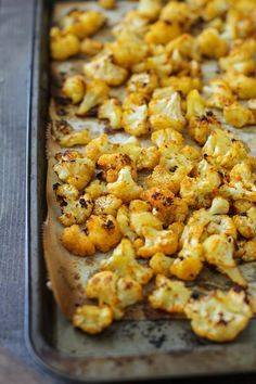 """Cheesy"" Vegan Roasted Cauliflower with Nutritional Yeast"