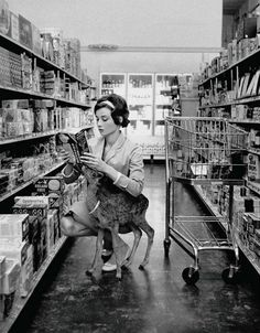 20 Rare Photos That Will Blow Your Mind;  Audrey Hepburn needs little introduction, but her adorable friend does. Yes, this beautiful, yet unusual photo was taken when she was out with her pet deer 'Ip' in Beverley Hills, 1958.