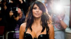 Kim Kardashian, eine Feministin? Zumindest hat sie dazu jüngst Stellung bezogen - wenn auch eine denkbar weltfremde