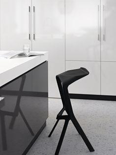 Laminex Silk Finish 'get the look' - Konstantin Grcic Miura Stools http://www.designerchairs.eu/design-chair/miura-stool-2/