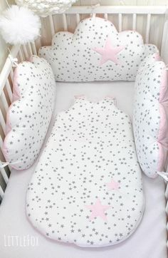 Baby cot bumpers, 3 cloud cushions or pillows, pale pink, white and grey - Baby pillow Baby Bedding Sets, Baby Pillows, Bolster Pillow, Baby Bedroom, Baby Room Decor, Baby Cot Bumper, Cloud Cushion, Baby Gadgets, Baby Mobile