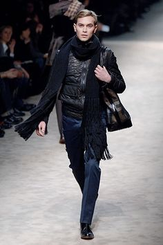 Burberry Prorsum Fall 2006 Menswear Collection Slideshow on Style.com
