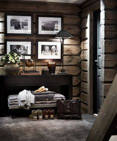 There are numerous ways to make your home interior design look more interesting, one of them is using cabin style design. With this inspiring gallery you can make fantastic cabin style in your home. Bathroom Interior Design, Kitchen Interior, Kitchen Furniture, Wood Furniture, Western Furniture, Diy Interior, Interior Paint, Furniture Design, Interior Decorating