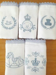Hand Embroidery Flowers, Baby Embroidery, Machine Embroidery Patterns, Embroidery Stitches, Embroidery Designs, Little Blessings, Baby Box, Baby Sewing, Burp Cloths