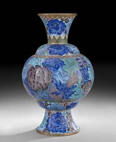Chinese Cloisonne Vase.