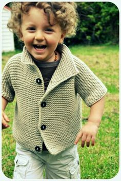 gilet tricot - knitting jacket - no pattern - just idea. Knitting For Kids, Crochet For Kids, Free Knitting, Baby Knitting, Crochet Baby, Knit Crochet, Baby Patterns, Knitting Patterns, Knitted Baby Clothes