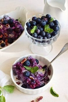 10 Delicious and healthy recipes that will help you detox and reset your body after the holiday season.