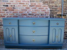 love the color of this piece...great for a kid's dresser too