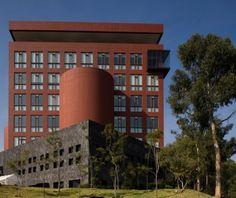 EGADE Santa Fe Legorreta+Legorreta Architects