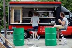 Widzieliście już smaczny Fan Page krakowskiego Salt & Pepper Food Truck? Jesteśmy odpowiedzialni na komunikację marketingową tej mobilnej restauracji
