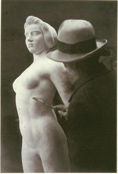 Brassaï, Maillol at work, Ile de France, 1932