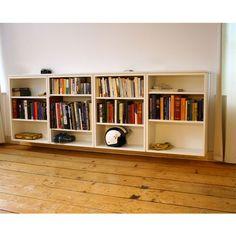 Zwevende boekenkast | Justus en Tjebbo