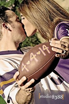 Engagement pics. Save the date. Lsu. Louisiana state university. Studio 8388