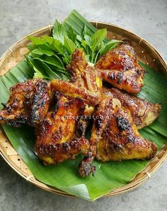 Pork Recipes, Fish Recipes, Asian Recipes, Chicken Recipes, Cooking Recipes, Ayam Bakar Recipe, Philippine Cuisine, Malay Food, Vegan Junk Food