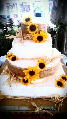 Sunflower wedding cake! :))