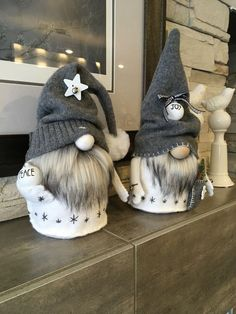 gnomes crafts \ gnomes diy how to make _ gnomes _ gnomes diy how to make from socks _ gnomes crafts _ gnomes diy _ gnomes diy how to make pattern _ gnomes diy free pattern _ gnomes diy how to make no sew Diy Christmas Gifts, Christmas Projects, Halloween Crafts, Holiday Crafts, Christmas Crafts, Christmas Decorations, Christmas Ornaments, Christmas Sewing, Easy Halloween