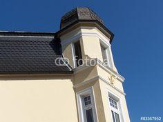 Frische gestrichene Fassade eines Altbau in Oerlinghausen im Teutoburger Wald bei Bielefeld in Ostwestfalen-Lippe
