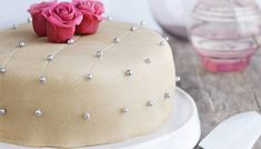Pavlova, Let Them Eat Cake, Butter Dish, Tapas, Food And Drink, Snacks, Dishes, Baking, Desserts