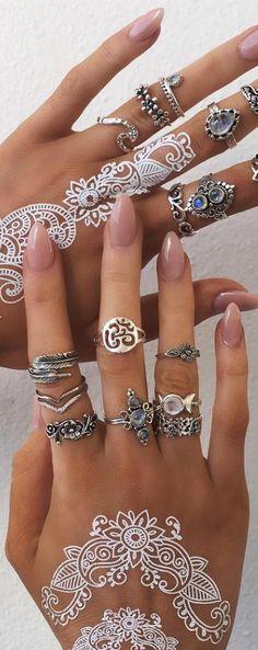 Bohemian jewelry style                                                                                                                                                                                 Más