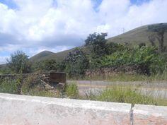 Ponte construída na época do Brasil Império. Serra de Ouro Branco - MG - Brasil