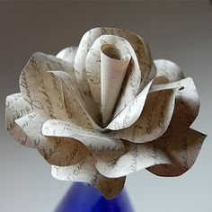 <3 this paper flower!
