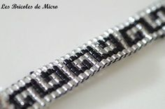 """S"" pattern bracelet. Loom Bracelet Patterns, Seed Bead Patterns, Bead Loom Bracelets, Beading Patterns, Leather Jewelry, Beaded Jewelry, Bead Loom Designs, Loom Beading, Bead Weaving"