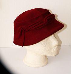Vintage 1940s Original Burgundy Lady Hat