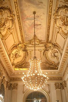 Teatro Colon, Buenos Aires.. Ceiling Art, Floor Ceiling, Ceiling Tiles, Ceiling Design, Luxury Decor, Luxury Interior Design, Gypsum Decoration, Baroque Furniture, Classic Ceiling