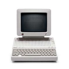 Hartmut Esslinger,Apple IIc, final design, 1983.