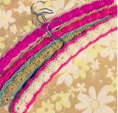Crochet hangera