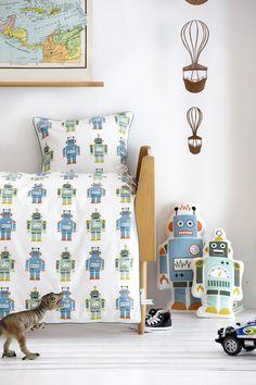Robot bedding set and toys by Ferm Living Robot Nursery, Robot Bedroom, Retro Robot, Kids Blankets, Childrens Beds, Duvet Sets, Comforter Cover, Crib Bedding, Cotton Bedding