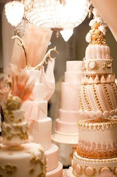 Cake Opera Co. Interview, Unique Wedding Cakes, Dessert Tables, Tips, Trends || Colin Cowie Weddings