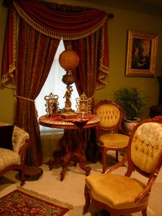 Best Victorian Furniture Ideas For Farmhouse Style Design - Page 89 of 126 - Abidah Decor Victorian Curtains, Victorian Living Room, Victorian Home Decor, Victorian Parlor, Victorian Interiors, Victorian Furniture, Victorian Design, Vintage Furniture, Victorian Houses