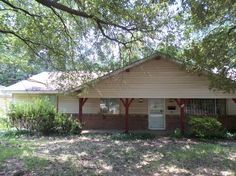 View 9 photos of this $27,299, 3 bed, 2.0 bath, 1397 sqft single family home located at 1351 Wooddell Dr, Jackson, MS 39212 built in 1963. Nice area. Home is...