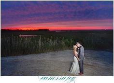Amazing sunset at Bonnet Island Estate, NJ Photo Credit: Vanessa Joy Photography @bonnetislandestate @vanessajoy #weddingsofdistinctionnj #weddingsofdistinction #bonnetislandestate #estatewedding #njwedding #luxurywedding #waterfrontwedding #coastalwedding #weddingvenue #weddingsunsets