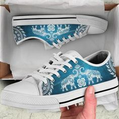 Top Shoes, Cute Shoes, Me Too Shoes, Elephant Love, Elephant Stuff, Elephant Jewelry, Elephant Clothing, Converse, Hand Painted Shoes