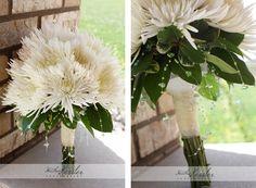 i have a soft spot for spider mums Mum Bouquet, Bride Bouquets, Bridesmaid Bouquets, Bridesmaids, Hurricane Centerpiece, Plan My Wedding, Wedding Ideas, Spider Mums, Winter Flowers