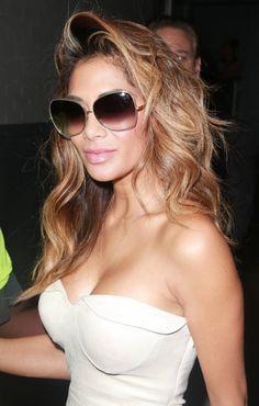 Nicole Scherzinger Oversized Sunglasses - Oversized Sunglasses Lookbook - StyleBistro