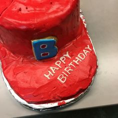BOSE帽子型ケーキ