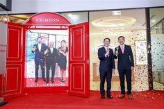 Clarins launches first overseas lab in Shanghai to better understand Asian consumer - Global Cosmetics News Cosmetics News, Asian Market, Retail Experience, Science And Technology, Shanghai, Centre, Lab, Product Launch, Wellness