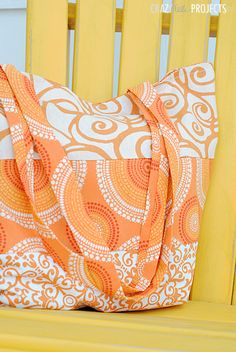 Summer Tote Bag Tutorial - Crazy Little Projects