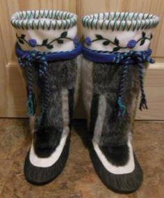 Inuit made women's sealskin kamiks by Annie Bowkett