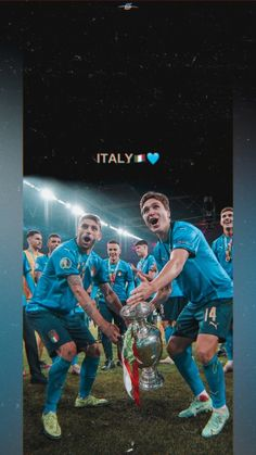 Soccer Pictures, Soccer Skills, Football Wallpaper, Go Blue, Bff Quotes, Blue Aesthetic, Football Players, Sports News, Liverpool