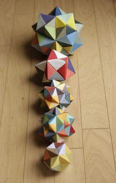 E) Modular Origami: Icosahedron, Octahedron & Cube « Math Craft Origami Ball, Diy Origami, Design Origami, Origami Cube, Origami Paper Folding, Origami And Kirigami, Paper Crafts Origami, Origami Stars, Origami Tutorial