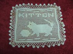 COLLECTABLE/VINTAGE HAND MADE CROCHET MILK JUG COVER CAT AND BALL DESIGN (ebay)