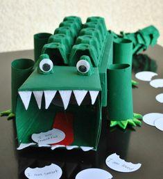 boite a oeuf, faire un crocodile avec des rouleaux de papier toilette et du carton