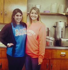 AOII at Monmouth University helping out at the soup kitchen. Full article @Sorority Stylista : http://sororitystylista.com/2013/10/aoii-scoops-service/  #AOII #AlphaOmicronPi #AOIIMonmouth